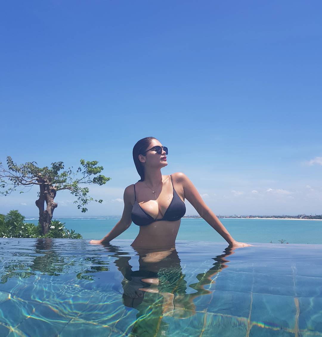 pia wurtzbach sexy bikini pics in bali indonesia 03