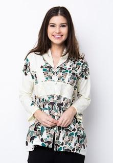 Model baju batik kerja minimalis