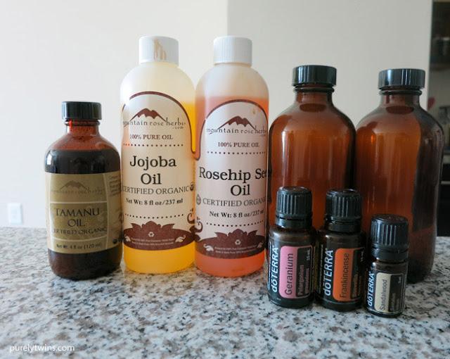 Siêu hiệu quả với cách trị mụn đầu đen từ tinh dầu thiên nhiên