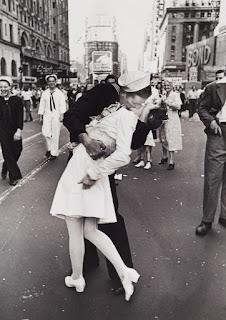 V-J Day Kiss de Alfred Eisenstaedt