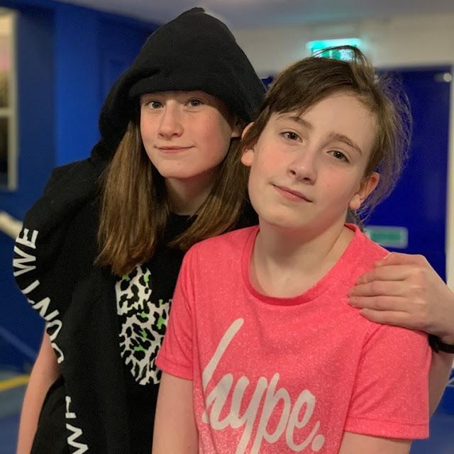 stephs two girls siblings june 2019