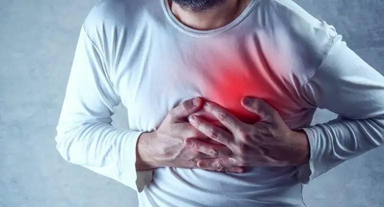 Stay away from it immediately .. These foods cause heart disease
