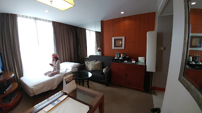 An extra bed near in Dusit Thani Bangkok Club Room