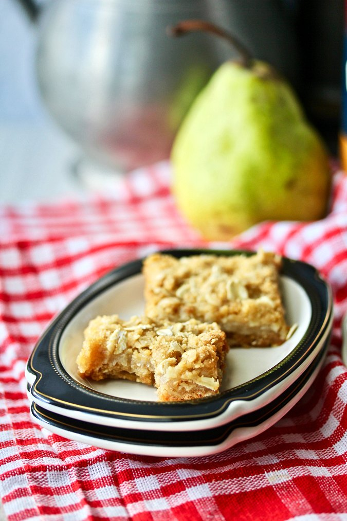 Oatmeal Pear Bars