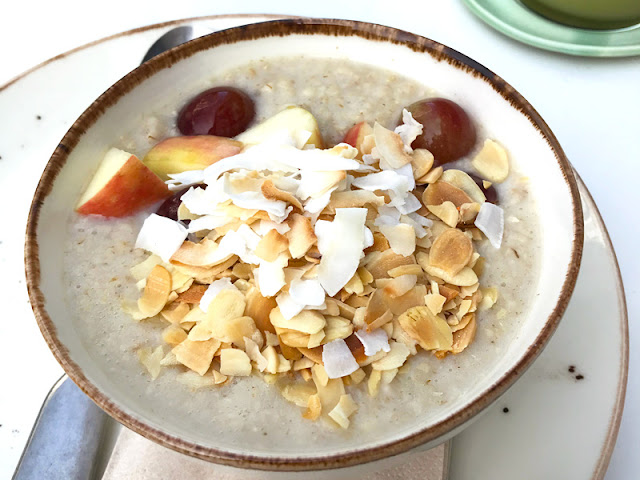 Naturally Nourished Cafe vegan porridge