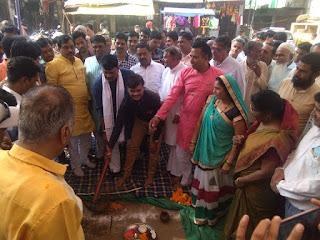सांसद डामोर ने छकतला एवं नानपुर में सीसी रोड का किया भूमिपूजन