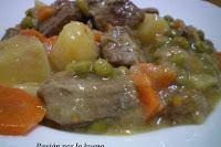 Patatas con carne guisada