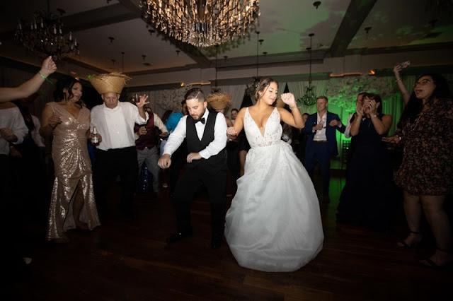 reception bride and groom dancing