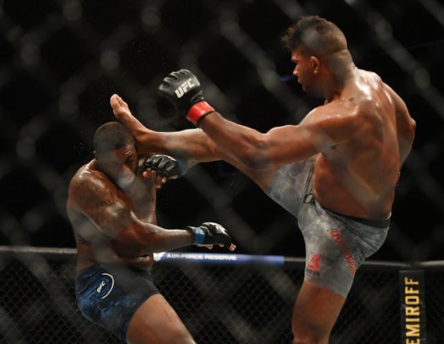 Alistair Overeem Kicks Walt Harris UFC on ESPN 8