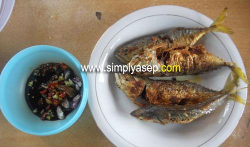 IKAN GORENG : Ikan itu akan tetap enak mau diapain juga : digoreng dipepes macam macam bentuk penyajiannya. Foto Asep Haryono
