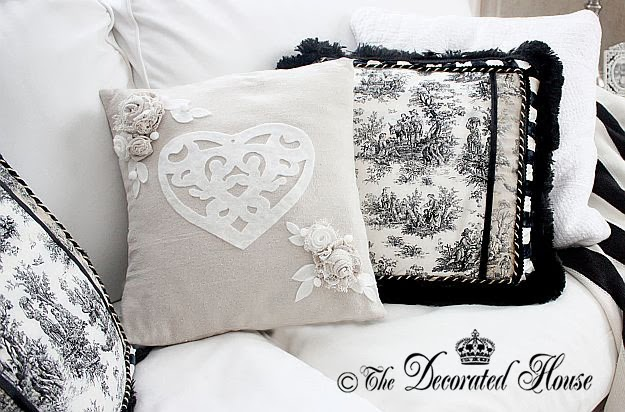 Valentine's Day Decorating with Black and White ~ The Decorated House