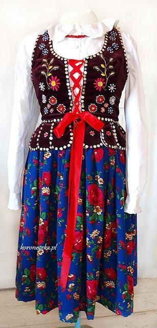 Strój ludowy - bluzka, gorset i spódnica tybetka