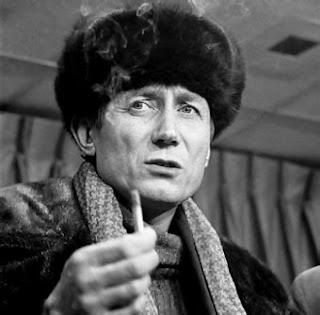Muere el poeta ruso Yevgueni Yevtushenko; tenía 85 años