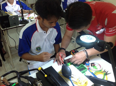 Kursus Teknisi HP dan Pelatihan Service HP di Jakarta