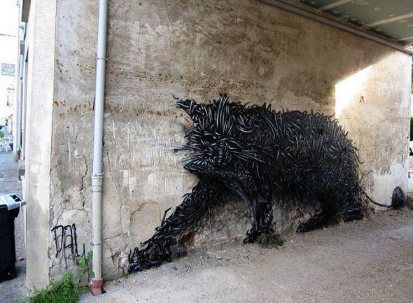 الفن بأى شىء وعلى أى شىء street-art-work-03.j