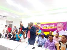 Diputado y maquinaria política del PLD dan apoyo alcalde y candidato del PRD Junior Santos Alcarrizos