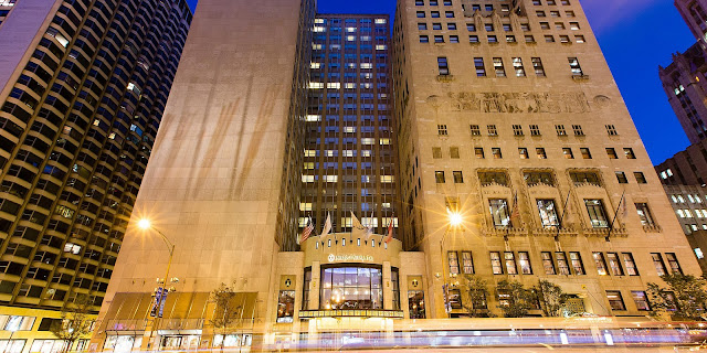 Celebrate the very finest the world has to offer at InterContinental Chicago, an iconic Magnificent Mile hotel.