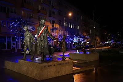 Pomnik Gdynianom wysiedlonym