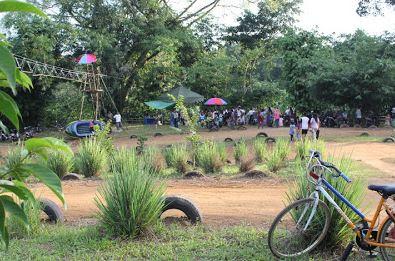 Waterpark-Baruh-Bunga-dan Outbound-Des-Waki-Barabai-HST