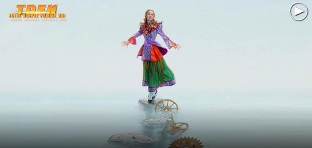 Alice (Mia Wasikowska) revine în sequelul Alice Through The Looking Glass