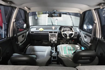 Interior Daihatsu Charade CX & Winner