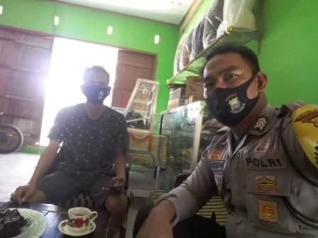 Maklumat Kapolri Sudah Dicabut, Bhabinkamtibmas Desa Banggae-Topejawa Semakin Gencar Memberikan Himbauan Kepada Warga Binaannya