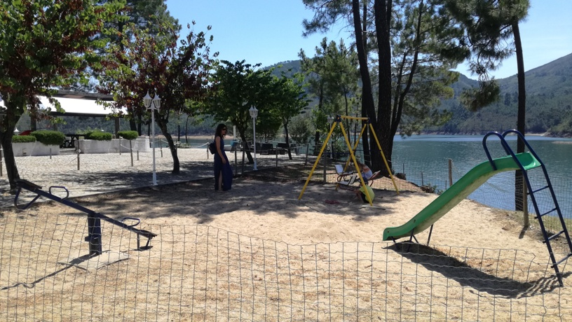 Parque Infantil Zona Fluvial do Trizio