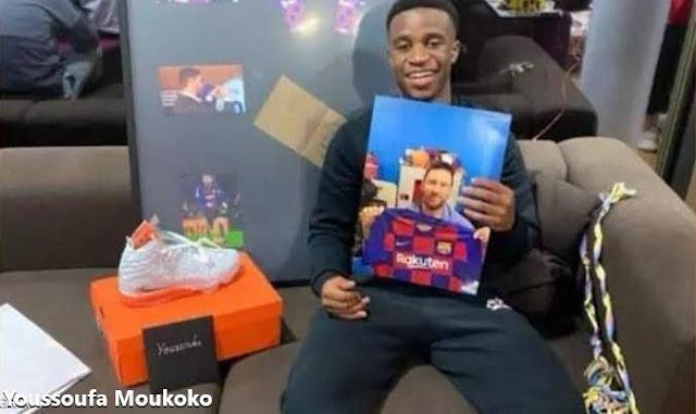 """هديتان من ميسي لـمراهق دورتموند """"Youssoufa Moukoko"""""""