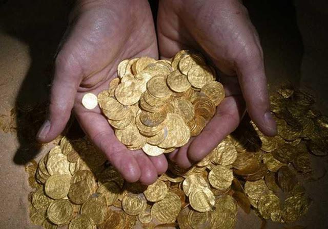 Γκρέμισε το σπίτι του για να βρει λίρες – Ιστορίες τρέλας με Έλληνες χρυσοθήρες!