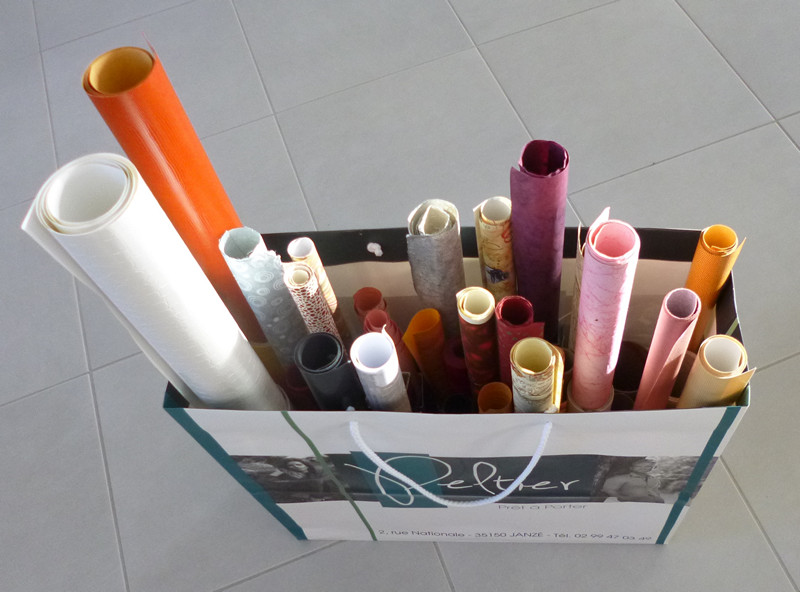 je m 39 clate avec mes 10 doigts rangement du papier pour cartonnage ou encadrement. Black Bedroom Furniture Sets. Home Design Ideas