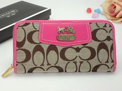 Checkbook-Clutches-Wristlets-travel-Wallets
