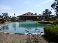 Villa di puncak cipanas 15 kamar tidur - villa bukit danau