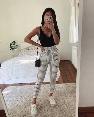 outfit pantalon a rayas