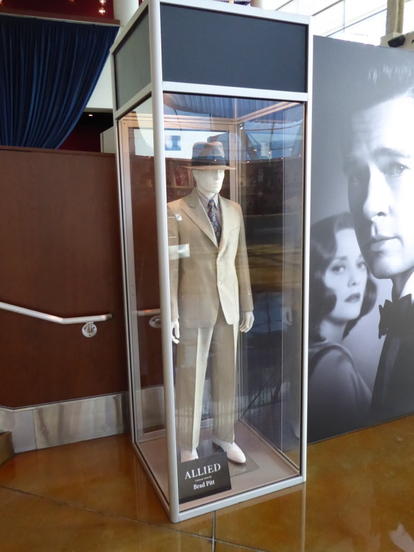 Brad Pitt Allied movie costume