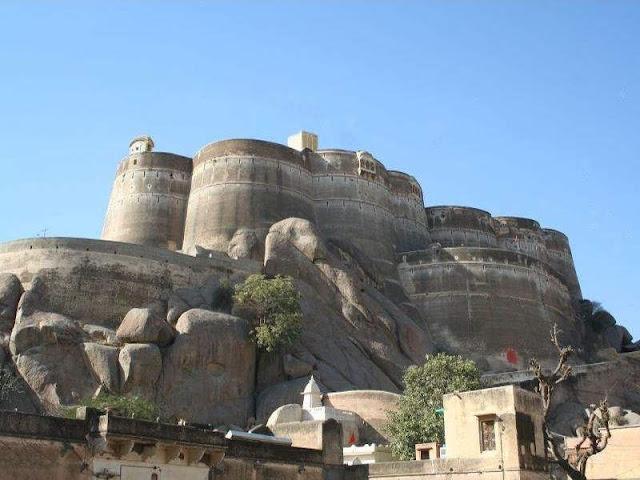 laxmangarh fort tourist attraction sikar Rajasthan