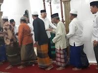 Wali Kota Shalat Subuh Berjamaah Dengan Warga Jalan Kawat II