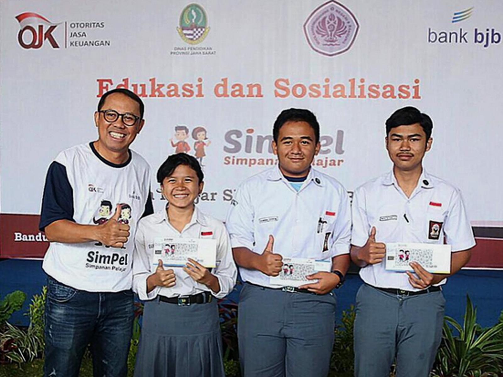 Simpel Bank BJB dengan SMAN 9 Bandung