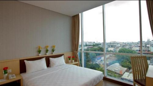 Image result for Menginap Di Hotel Jakarta Yang Recommended
