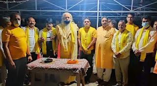 महामंडलेश्वर स्वामी चंद्रदेव दास की उपस्थिति में मनाया गया स्थापना दिवस | #NayaSaberaNetwork