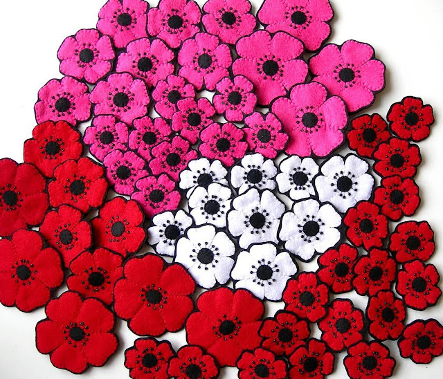 Lots of felt poppies
