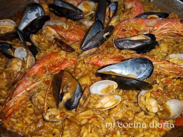 Paella de marisco (Паэлья с морепродуктами)
