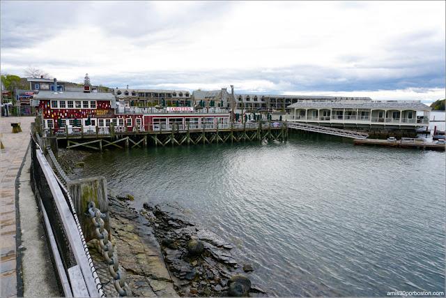Uno de los Restaurantes de Marisco del Puerto de Bar Harbor