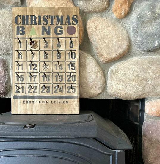 DIY Rustic Christmas Bingo Advent Calendar Countdown Edition