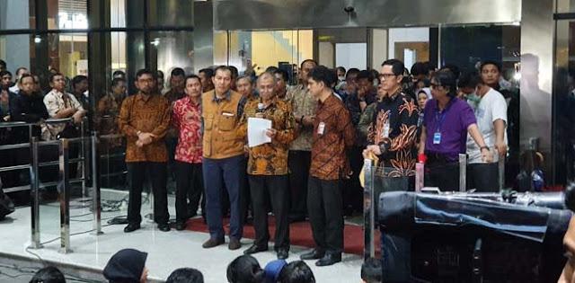 Kecewa UU KPK Direvisi, Agus Rahardjo Cs Serahkan Mandat Pemberantasan Korupsi ke Jokowi