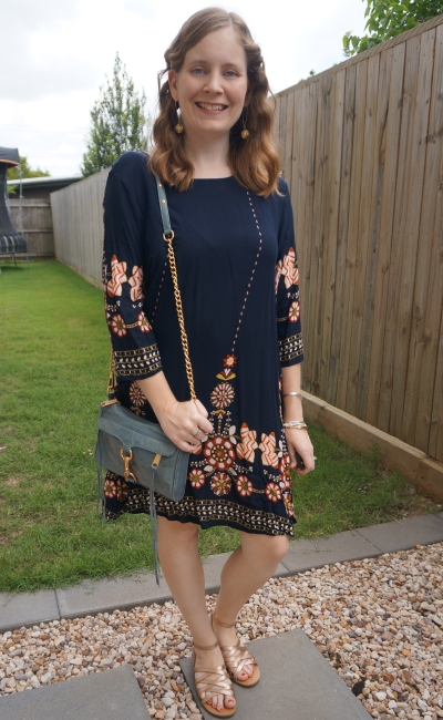 Shein navy flower print flowy swing dress with blue rebecca minkoff mini mac bag gold accessories | awayfromblue