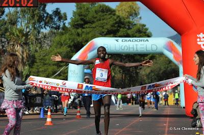 http://maratonadipalermo.blogspot.it/2017/11/xxiii-maratona-di-palermo-vincitore.html