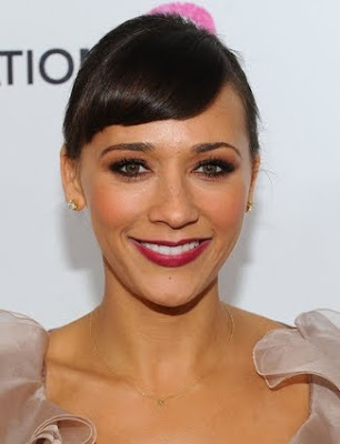 Rashida Jones Side swept Hairstyle