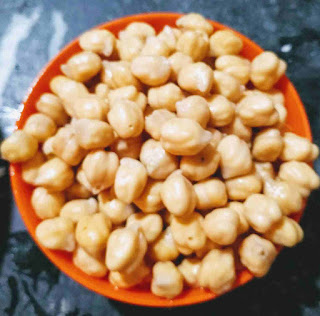 Overnight soaked chole(chickpeas) for chole recipe