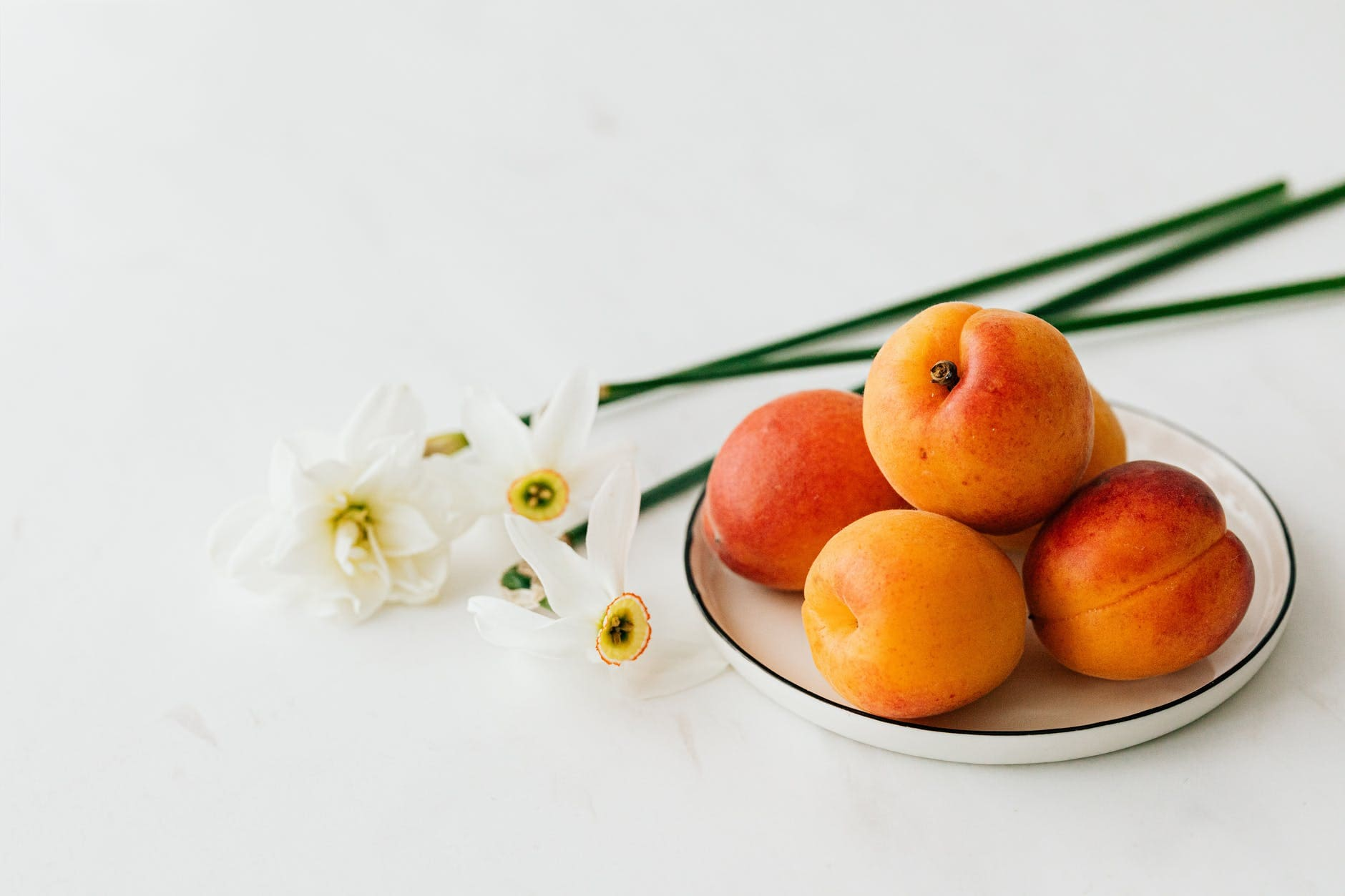 What are the benefits of apricots Indian
