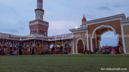 Halaman lapangan islamic center Indramayu.